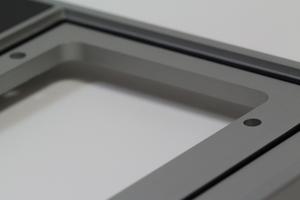 gefräste und eloxierte Aluminium Trägerplatte mit Dichtung aus EPDM-Rundschnur