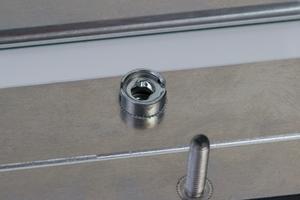 gefräste gepulverte Aluminium Trägerplatte mit Einpresselementen
