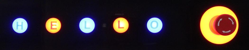 Beleuchtete kapazitive Tasten mit Einschubstreifen
